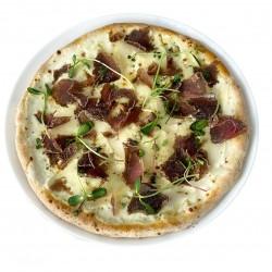 Піца З грушею та в'яленим м'ясом