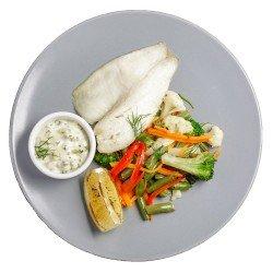 Окунь з овочами sous vide